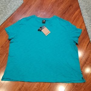 NWT plus size 3X North Face top